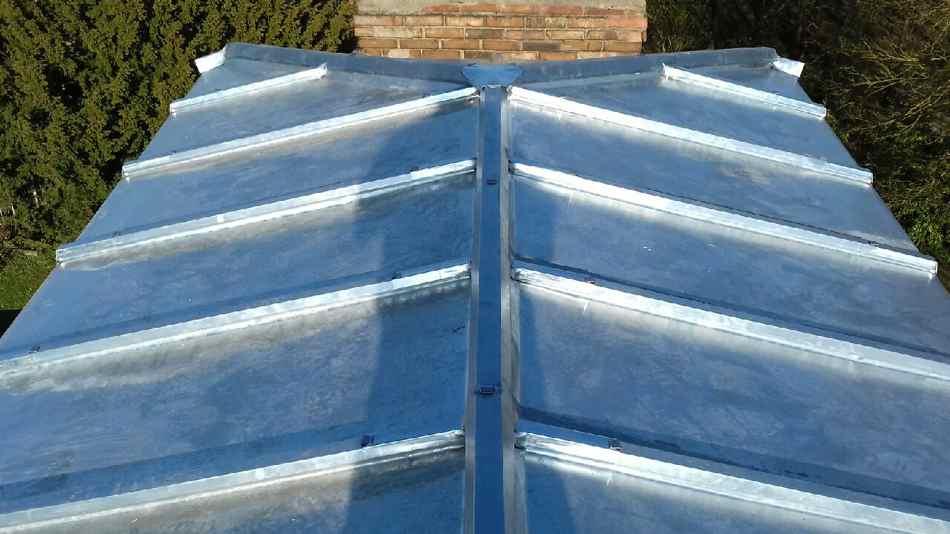 refection toiture. Black Bedroom Furniture Sets. Home Design Ideas